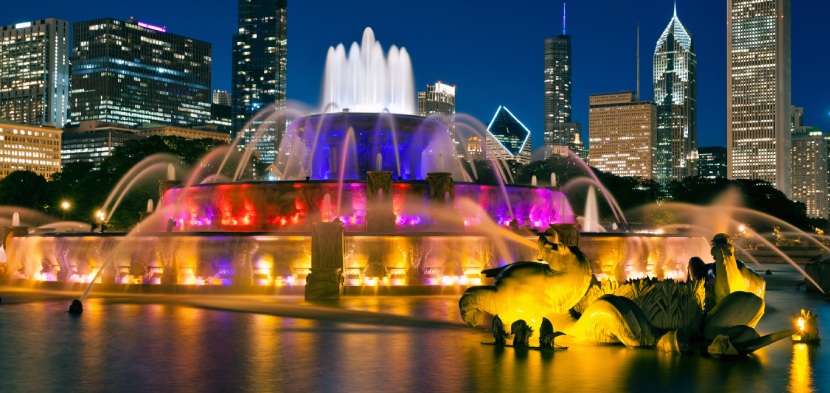 romantic stroll at buckingham fountain of chicago